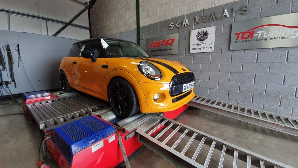 SCM Remaps Swansea Crosshands ECU Mapping Yellow Mini Cooper